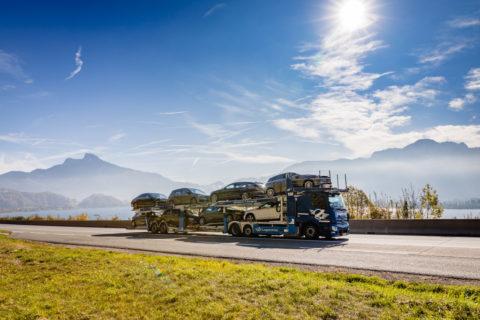 Effizient unterwegs, flexibel im Aufbau: neuer Mercedes-Benz Actros erstmals als offener Autotransporter