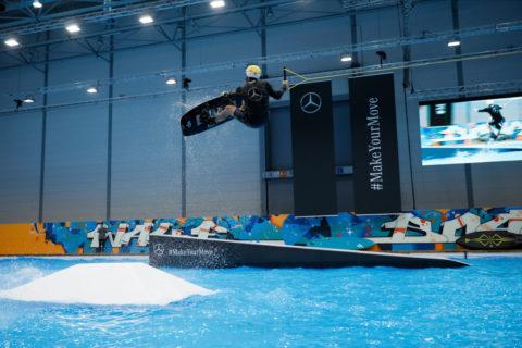 Surfsport im Winter: Mercedes-Benz Vans auf der boot 2020 in Düsseldorf