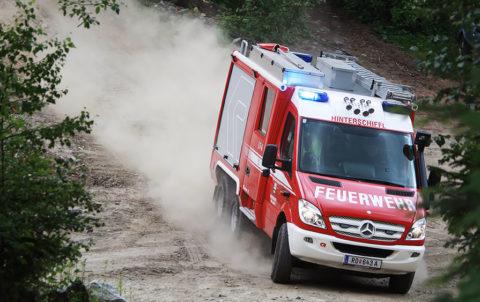 Ein Mercedes-Benz Sprinter 6×6 im Einsatz bei der Freiwilligen Feuerwehr in Österreich