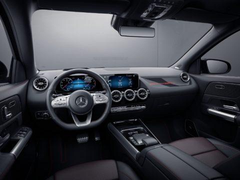 Exklusives Sondermodell zum Marktstart: Mercedes-Benz GLA Edition 1