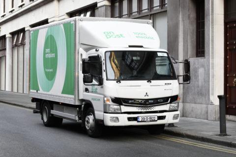 Der FUSO eCanter im Einsatz bei der Post in Irland