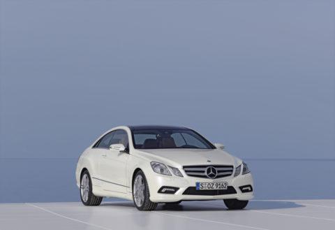 Sportlich-elegante Zweitürer mit großem Flair - Die Mercedes-Benz E-Klasse Coupés und Cabriolets Foto: E-Klasse Coupé