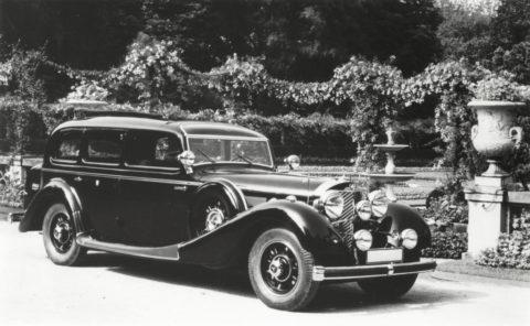 """Rollende Pracht: Der Repräsentationswagen Typ """"Großer Mercedes""""Foto: Pullman-Limousine aus dem Jahr 1937 mit zusätzlichem Fenster über der Windschutzscheibe"""