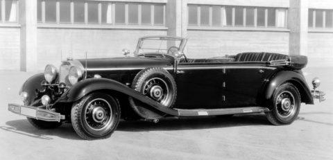 """Rollende Pracht: Der Repräsentationswagen Typ """"Großer Mercedes"""" Foto: Mercedes-Benz Baureihe W 24, siebensitziger offener Tourenwagen aus dem Jahr 1936 mit Lochscheibenrädern. Die Baureihe W 24 entstand in kleiner Stückzahl als Übergangsfahrzeug zwischen den Baureihen W 07 und W 150."""